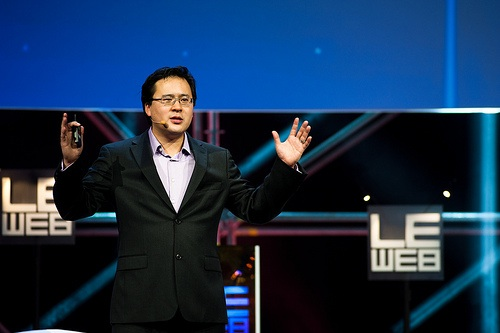 Jeremiah Owyang speaking at Le Web 11